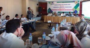 Sekda Irwandi dalam acara Focus Group Discusion (FGD) tentang Implementasi Program BPJS Ketenagakerjaan, di Emersia Hotel Batusangkar Rabu (5/2/2020).