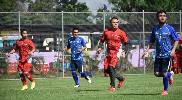 Jersey atau apparel tim nasional indonesia kini diserahkan kepada produk dalam negeri, hasil karya anak bangsa