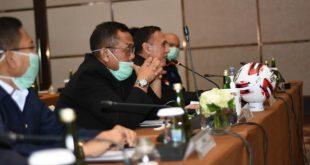 Ketua Umum PSSI Mochamad Iriawan dan Direktur Utama PT Liga Indonesia Baru (LIB) Cucu Sumantri mengumpulkan para manajer klub Liga 1 dan Liga 2 dalam 'Extraordinary Meeeting Liga 1 dan Liga 2 2020'