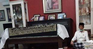 Presiden Jokowi berdoa atas meninggal ibunda Sujiatmi Notomiharjo (foto twitter infogehnet)