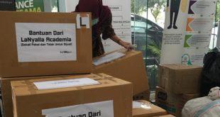 RS Unair Surabaya Terima 300 Unit APD dan 100 Boks Masker dari LaNyalla Academia