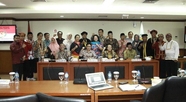 Komite I DPD RI dengan Jaringan Informal Pemerhati Isu Masyarakat Adat untuk membahas kebutuhan pengesahan RUU Masyarakat Adat