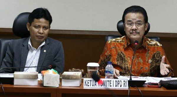 Pimpinan Komite I mendukung kebijakan Pemerintah menyederhanakan birokrasi menjadi dua level yaitu eselon I dan eselon II.