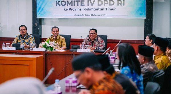 Wakil Ketua Komite IV H. Sukriyanto dengan Wakil Gubernur Kalimantan Timur