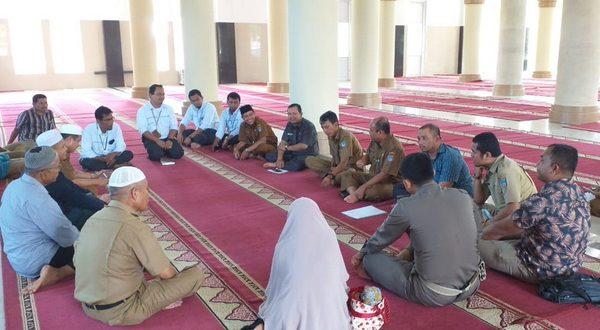 Asisten 1 Sekretariat Daerah Pasbar Setia Bakti di Masjid Agung