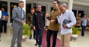 Komisioner KPI Pusat dengan Gubernur Sulsel Nurdin Abdullah ..