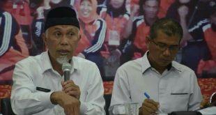 Wali Kota Padang Mahyeldi saat memimpin rapat penanggulangan Covid-19 di Kantor BPBD Kota Padang