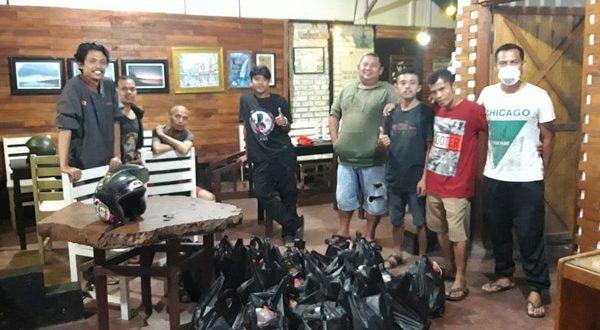 Anak Nagari Painan galangan donasi untuk membantu warga yang terkena dampak isolasi (foto ist)