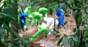 Penguburan mayat PDP di Padang Panjang