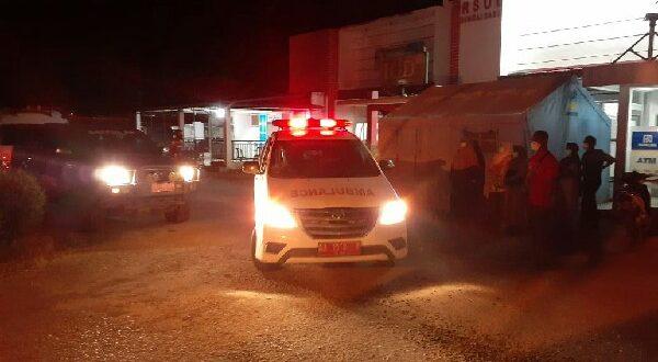 Ambulance membawa jenazah Diduga PDP covid19 yang meninggal di RSUD Sungai Dareh