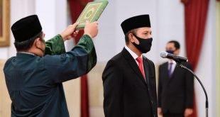Presiden Joko Widodo melantik Boy Rafli Amar sebagai Kepala BNPT