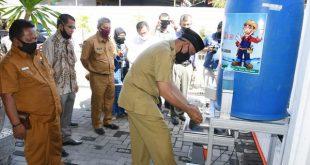 Walikota Padang awali gerakan cuci tangan