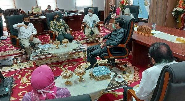 Anggota DPD RI bersama Gubernur Sumbar