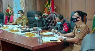 Kegiatan vidcon dengan kepala dinas periwisata Kab/kota se Sumatera Barat, di ruang kerja gubernur