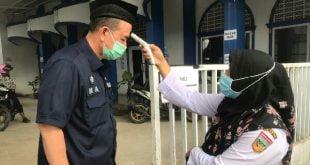 Wakil Gubernur Sumbar Nasrul Abit saat melakukan peninjauan di Masjid Jabar Nur, Padang Aro, Solok Selatan,