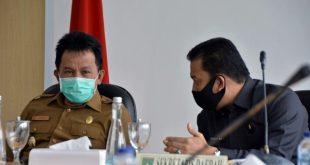 Wakil Walikota, Asrul, dan Sekda Kota Padang Panjang, Sony Budaya Putra