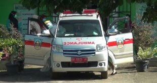 Petugas kesehatan jeput warga terkonfirmasi positif virus corona