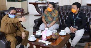 Wakil Walikota bersama Branch Manager Gojek Padang