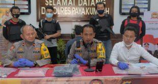Kapolres Payakumbuh, AKBP Dony Setiawan memberikan keterangan perss