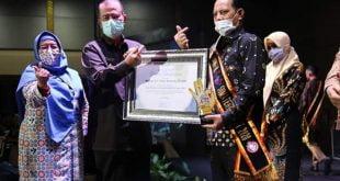 Sepenuh Hati Bina Generasì Muda, Reinier Raih Ayah GenRe Award
