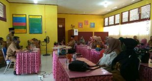 Erman Berbagi Kiat PBM di Masa Pandemi pada Guru SMPN 4 Tarusan