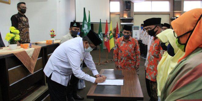 Gusmal Minta Pemuda Muhammadiyah dan Nasyatul Aisyiyah  Bantu Program Pemerintah
