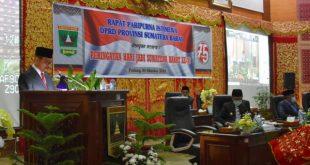 Gamawan Fauzi dalam rapat paripurna DPRD Sumbar dalam rangka HUT Provinsi Sumatera Barat ke 75 di ruang rapat utama DPRD Sumbar, Kamis, 1 Oktober 2020.