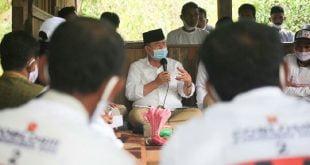 Pertemuan Cagub Sumbar nomor urut 2 dari Partai Gerindra Nasrul Abit dengan warga Jorong Manggiu, Nagari Lubuk Gadang Utara, Kecamatan Sangir, Kabupaten Solok Selatan. (Dok : TMP NA-IC)