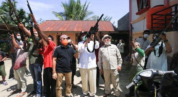 Nasrul Abit Gunakan Senapan Berburu di Ampalu