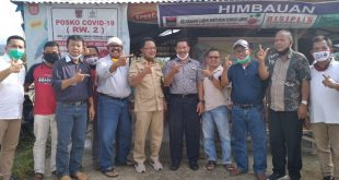 Calon Wakil Gubernur Indra Catri bersama masyarakat