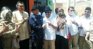 Calon Wakil Gubernur Sumbar, Indra Catri bersama mantan Ketua DPD Partai Demokrat Sumbar, Josrizal Zain