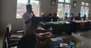 Calon gubernur Sumbar Nasrul Abit berdialog dengan Niniek Mamak Nan Duo Puluah di Kantor KAN Indrapura, Sabtu, 28 November 2020