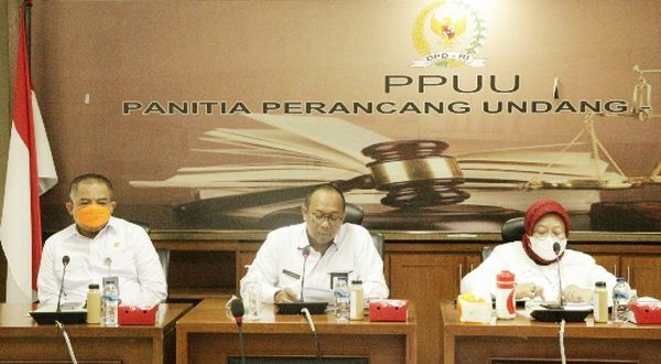 Sekretaris Jenderal DPD RI Rahman Hadi saat Exit Meeting dengan KemenPAN-RB di Gedung DPD RI, Jakarta. (Foto : DPD)