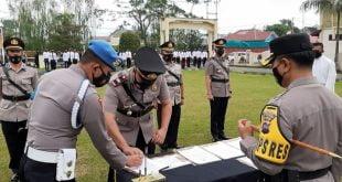 Serah terima jabatan Kasat Reskrim & kapolseksek Batipuh Selatan di Polres Padang Panjang