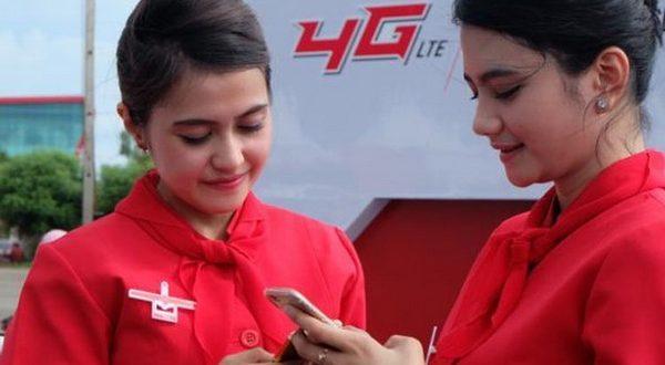 Ilustrasi pengguna smartphone 4G Telkomsel