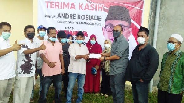 Andre Rosiade Bantu Rehab Sarana Olahraga Komplek ABI Kayu Kalek