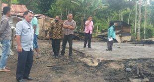 Dinas Sosial Kabupaten Agam tinjau lokasi kebakaran