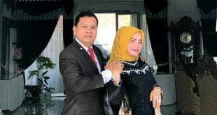 Yudesri dan isteri
