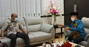 Ketua DPRD Sumbar Supardi bersama Pj Gubernur Hamdani