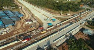 Pengerjaan Jalan Tol Padang - Pekanbaru