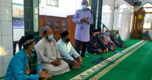 Walikota Padang, H. Hendri Septa saat membuka pesantren Ramadhan di Masjid Raya Banuaran, Kecamatan Lubuk Begalung