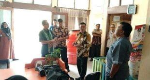 Ketua Komisi I DPRD Sumbar Syamsul Bahri monitoring ke Kantor Camat Sungai Beremas, Pasaman Barat