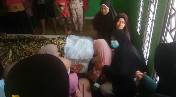 Jenazah pelajar SMP yang ditemukan tewas karena gantung diri di Pulau Punjung