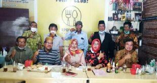 Para inisiator SIMAPAD 2021 yang akan memberikan masukan pada Pemko Padang