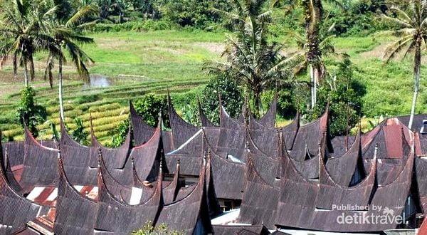 Bagian Gonjong Sarugo diambil dari sisi atas rumah. (Foto: Detik Travel)