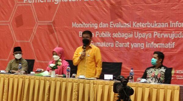 Kepala Dinas Pendidikan Sumbar Adib Alfikri yang membuka sesi III Bimtek Monev KIP-BP 2021