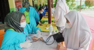 SMA 1 Pulau Punjung Gelar Gebyar Vaksinasi