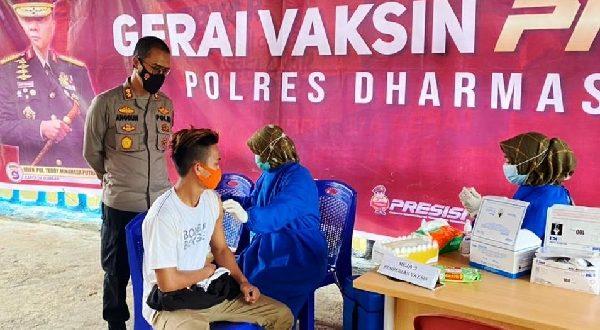 Polres Dharmasraya Gelar Gerai Vaksin Presisi