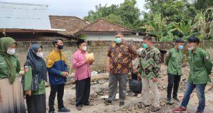 Ormawa Undhari serahkan bantuan pada Ponpes Nurul Iman