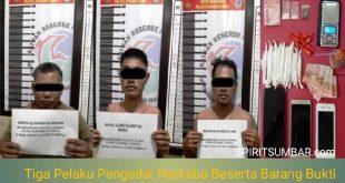 Tiga pelaku pengedar narkoba jenis sabu dan daun ganja yang ditangkap oleh anggota Satresnarkoba Polres Dharmasraya pada Sabtu malam (2/10/2021)